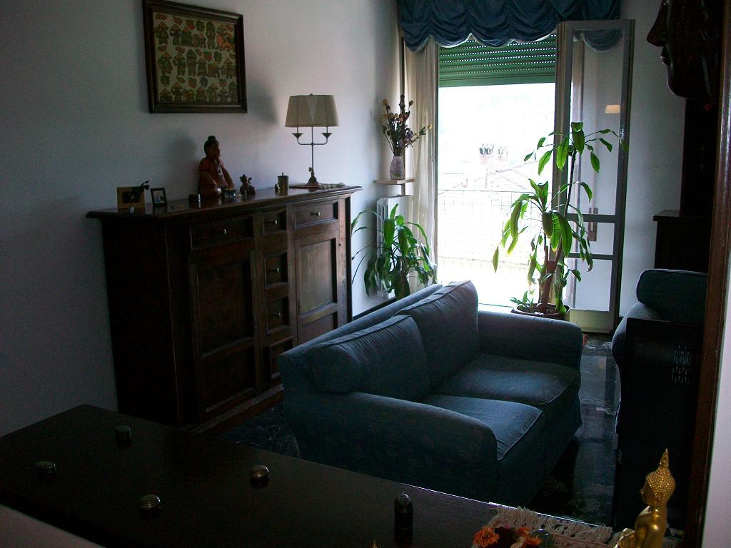 Novi ligure appartamento in vendita con due camere da for Casa con due camere da letto in vendita